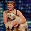 Um incrível show com uma garota e um cachorro 1