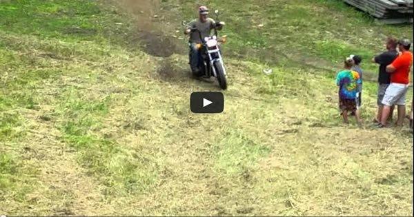 Como subir um morro com uma moto custom 1