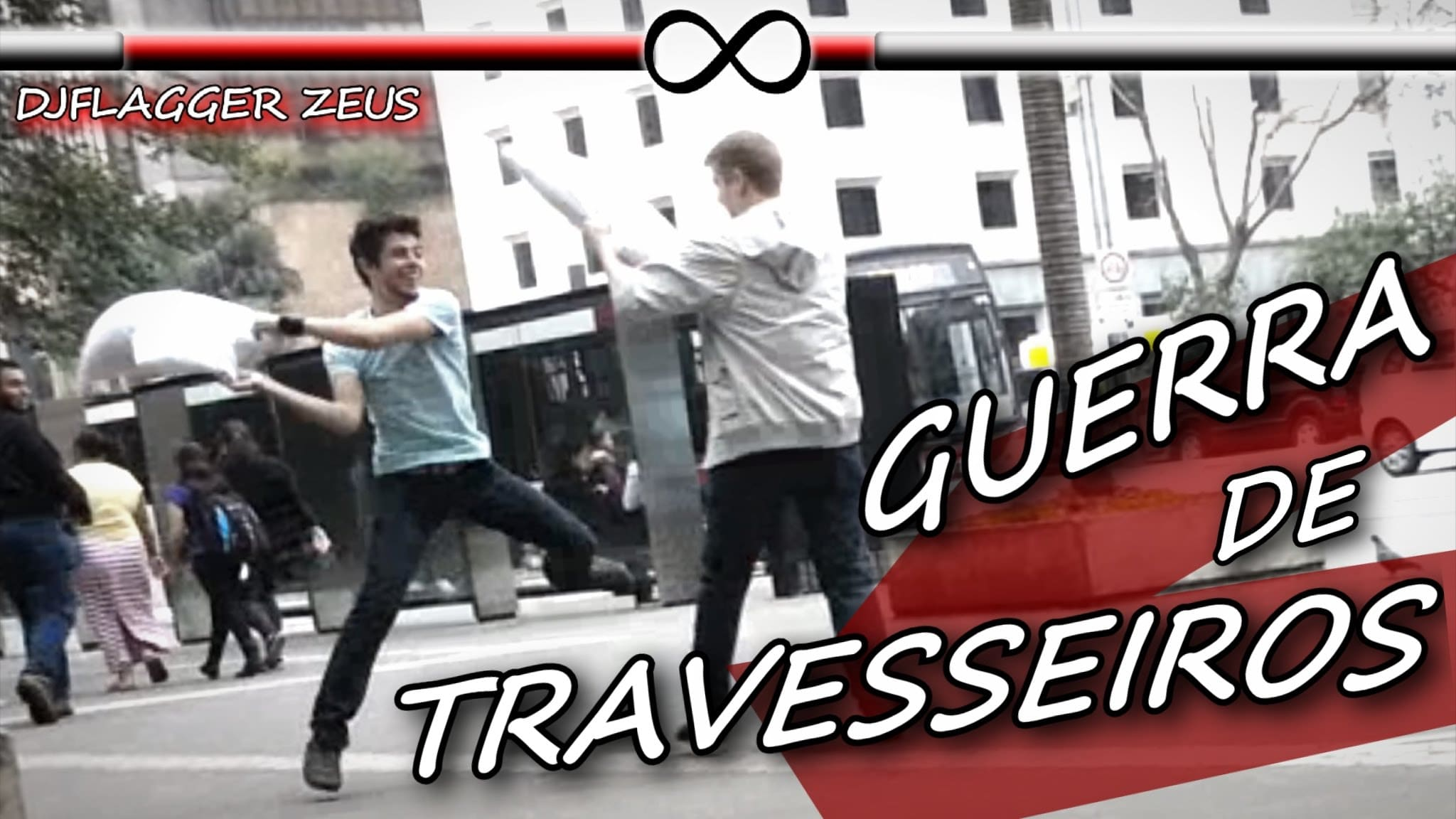 Guerra de Travesseiros (Pillow Fight Prank) - guerra de travesseiros pillow fight prank blog tediado