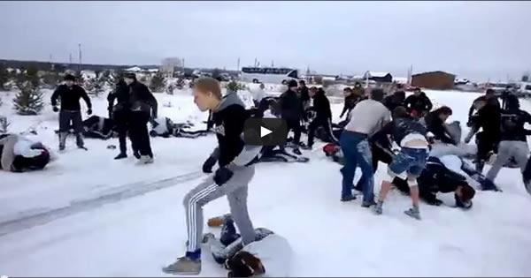 Conheça o clube de luta na Russia 1