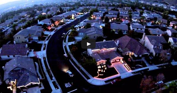 Quando os vizinhos se unem para criar uma iluminação épica de natal 3