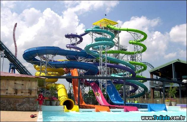 parques-aquaticos-do-mundo-07