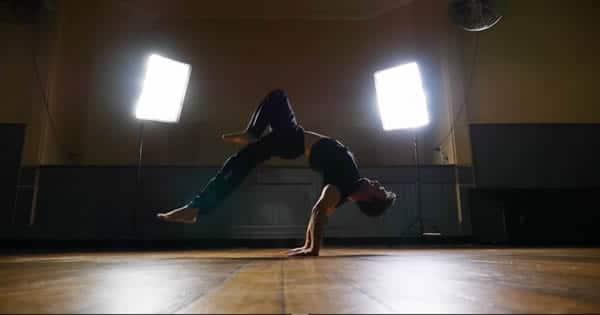 Foco, força e equilíbrio - Surreal o que esse rapaz faz 26