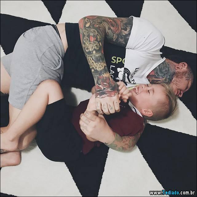 pais-tatuados-e-seus-filhos-27