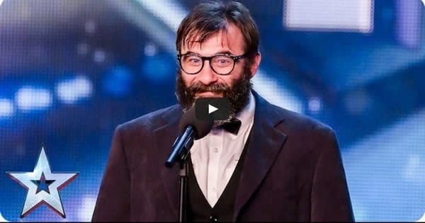 Curioso talento desse cara no Britain's Got Talent 8