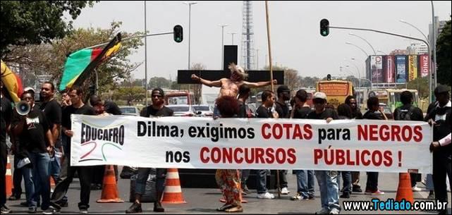 protesto-crucificacao-09
