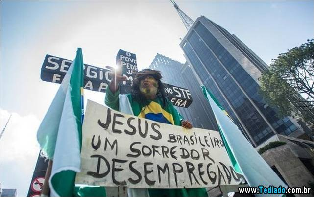 protesto-crucificacao-10