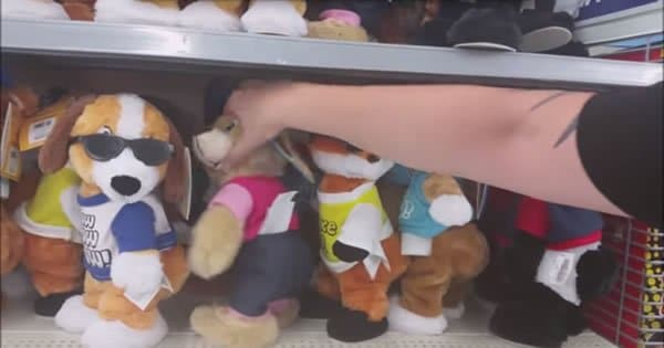 Brinquedo de bonecos que dançam funk 7