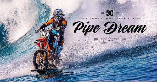Robbie Maddison o primeiro piloto a surfa ondas com uma moto 3
