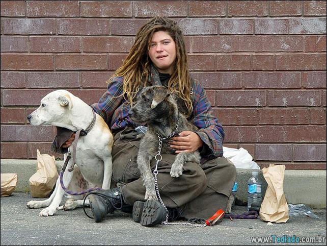 morador-de-rua-e-seus-cachorros-13
