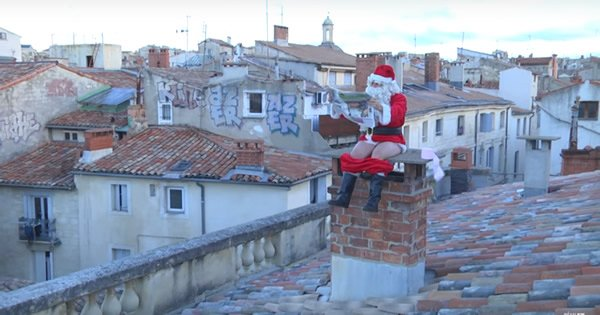 Papai Noel de um jeito diferente - Feliz Natal 3