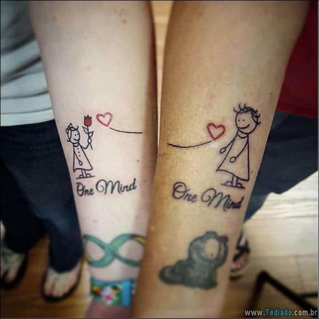 34 tatuagens de m e e filha mostram seu v nculo inquebr vel blog tediado - Tatouage soeur original ...