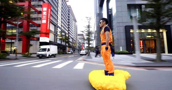 Fã de Dragon Ball transforma Hoverboard em uma nuvem voadora 6