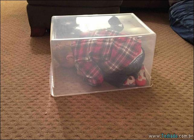 crianca-mestre-brincadeira-esconde-30