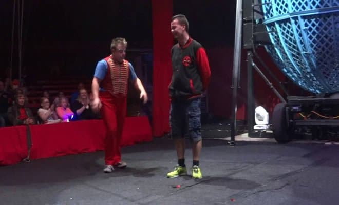 Enquanto isso no circo 7