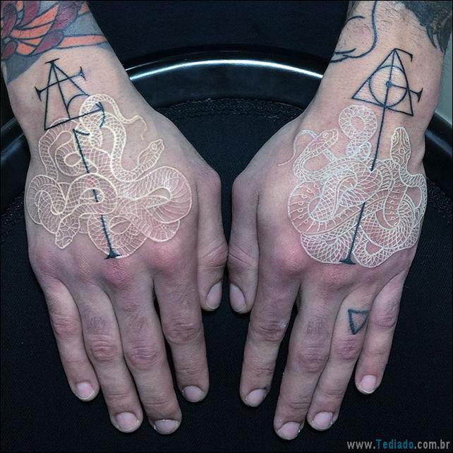 tatuagens-cobras-preto-branco-04
