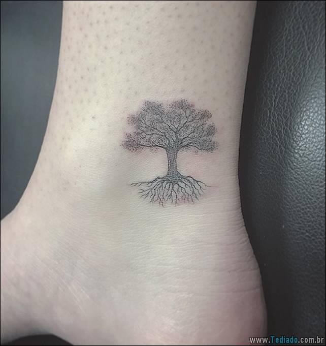 ideias-tatuagens-no-pe-25
