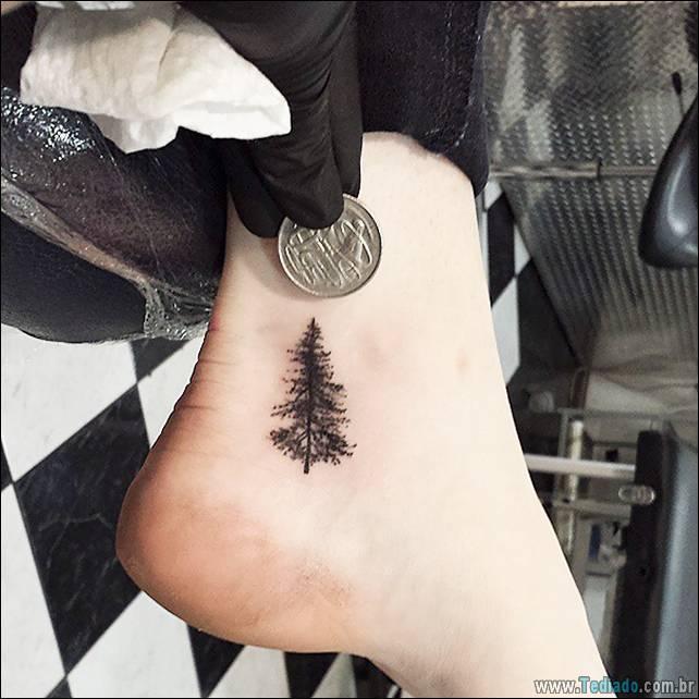 ideias-tatuagens-no-pe-29
