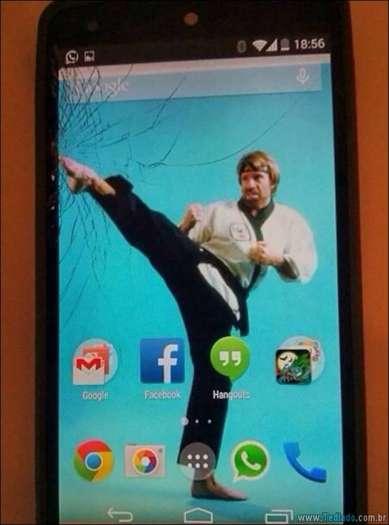 maneiras-criativas-para-consertar-tela-celular-09