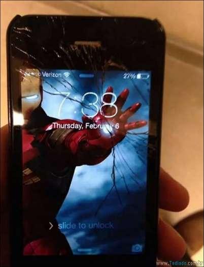 maneiras-criativas-para-consertar-tela-celular-13