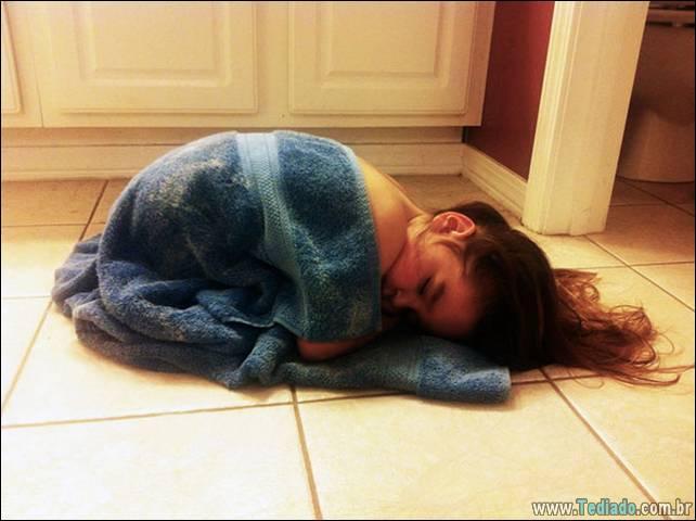 fotos-dirvertidas-criancas-dormir-lugar-11