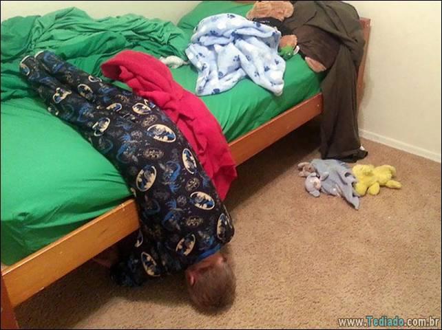 fotos-dirvertidas-criancas-dormir-lugar-28