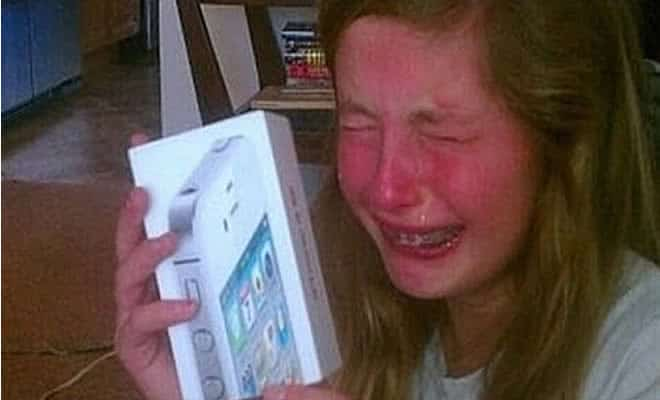 5 maneiras estúpidas de se obter um iPhone 4