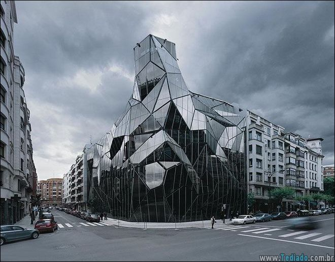 30 Edifícios com um design incomuns pelo mundo 6