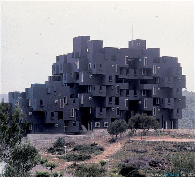 30 Edifícios com um design incomuns pelo mundo 12