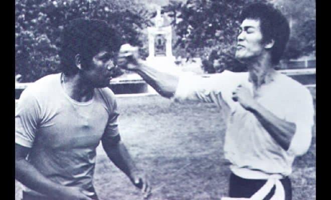 Será que esse é único vídeo de uma luta real com Bruce Lee 6