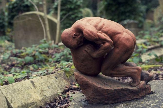 9 esculturas que assustam e surpreendem ao mesmo tempo 8
