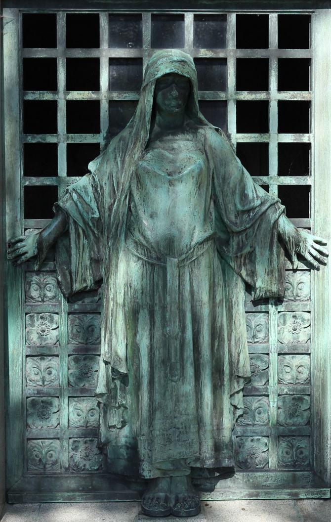 9 esculturas que assustam e surpreendem ao mesmo tempo 9