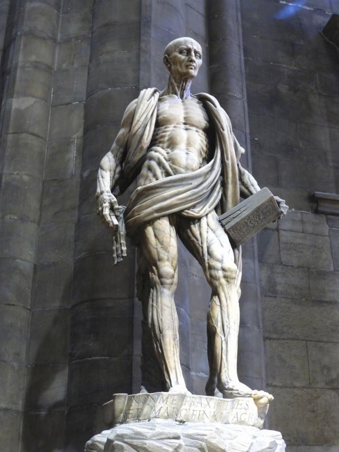 9 esculturas que assustam e surpreendem ao mesmo tempo 10
