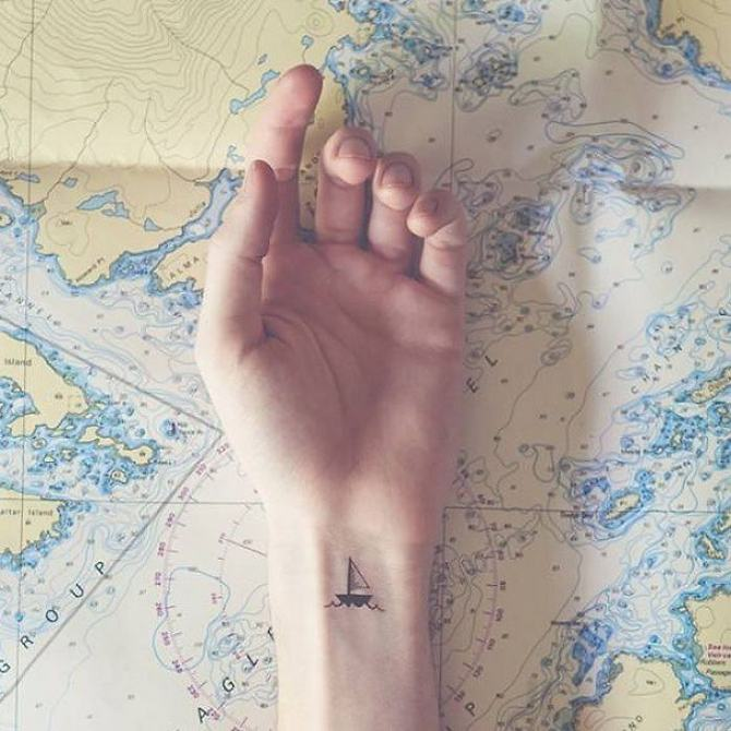30 ideias de tatuagem de viagem que o farão querer fazer 26