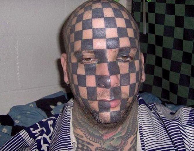 19 pessoas que deram muito errado na sua tatuagem 11
