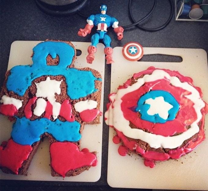 18 bolos engraçados que poderiam ganhar um prêmio da pior sobremesa já feita 11