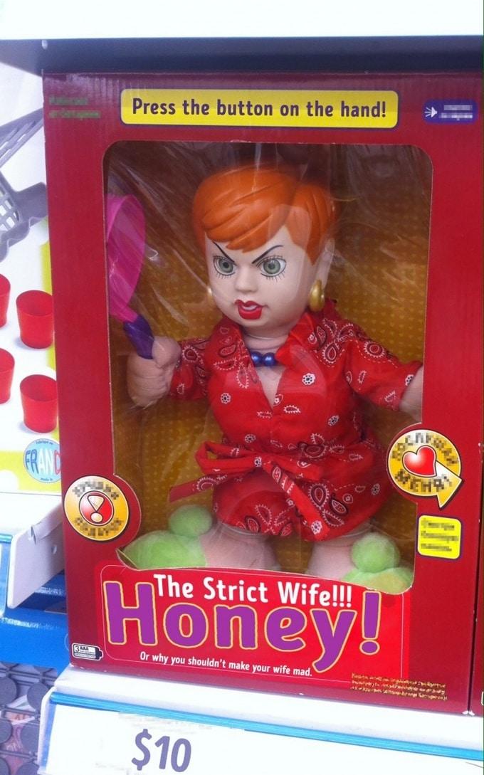 16 brinquedos estranhos criados por pessoas que não parecem gostar de crianças 10