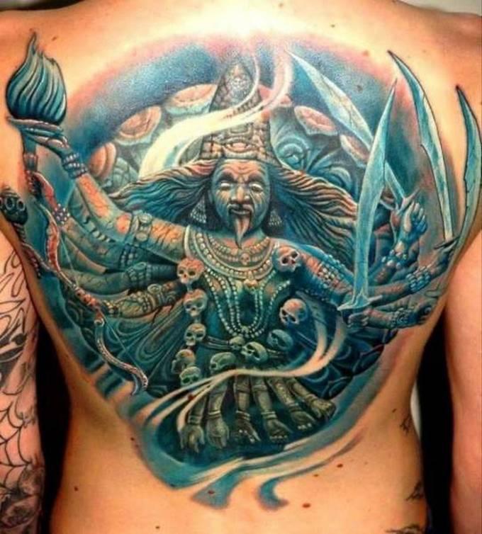 35 tatuagens loucas que são muito realistas 3