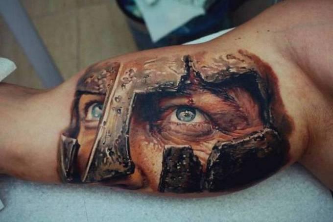 35 tatuagens loucas que são muito realistas 15