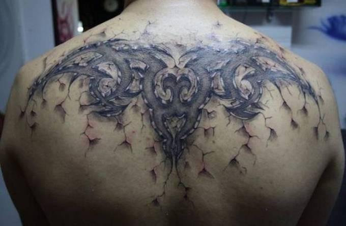 35 tatuagens loucas que são muito realistas 21
