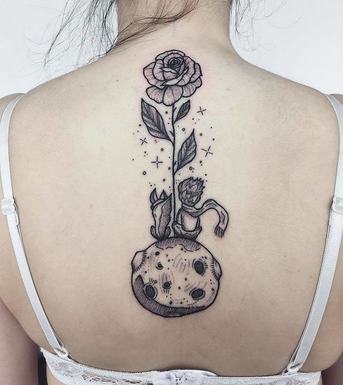 33 inspirações de tatuagem para fazer na coluna 14