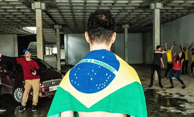 Isso é Brasil | Paródia This is America - Childish Gambino 7