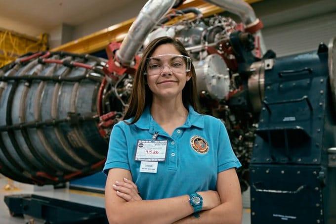 Garota de apenas 17 anos está sendo treinada pela NASA para ser a primeira pessoa em Marte 4