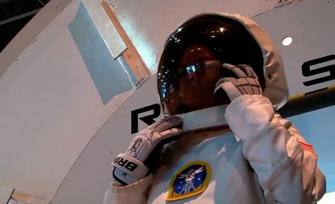 Garota de apenas 17 anos está sendo treinada pela NASA para ser a primeira pessoa em Marte 5