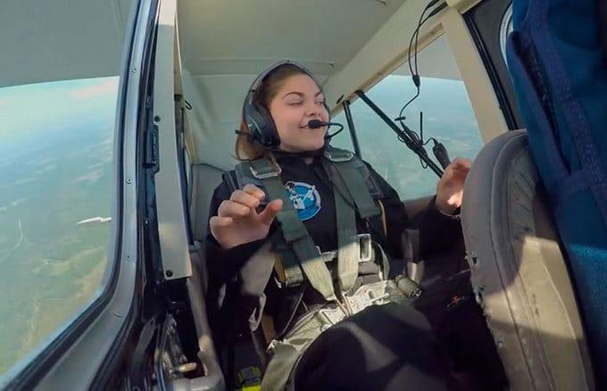 Garota de apenas 17 anos está sendo treinada pela NASA para ser a primeira pessoa em Marte 15