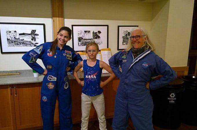 Garota de apenas 17 anos está sendo treinada pela NASA para ser a primeira pessoa em Marte 21