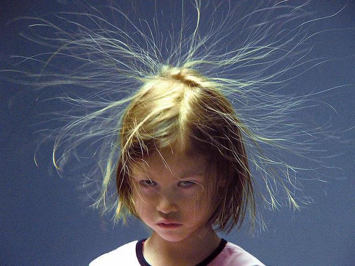 Busque abrigo se o seu cabelo começar a arrepiar antes de uma tempestade