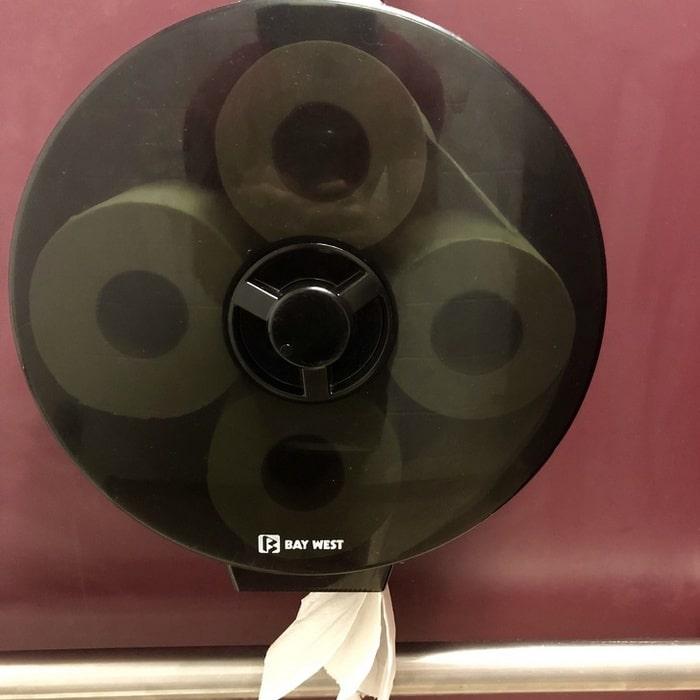 Problema resolvido para papel no banheiro