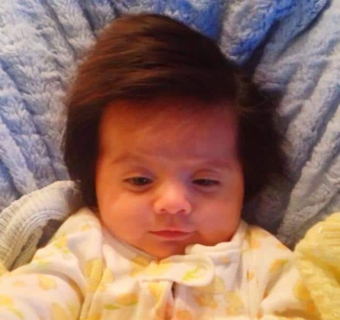 17 fotos de bebês cabeludos e enlouquecem a Internet 7
