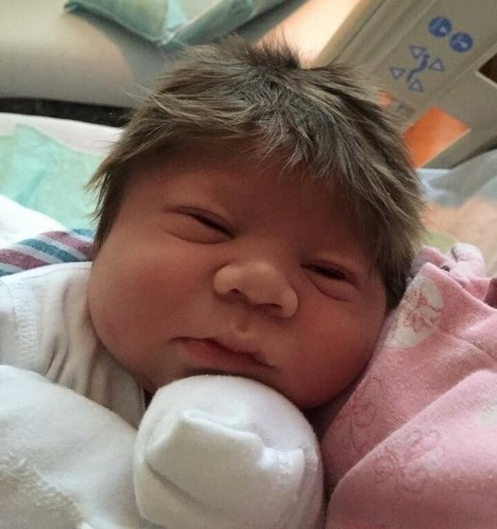 17 fotos de bebês cabeludos e enlouquecem a Internet 12